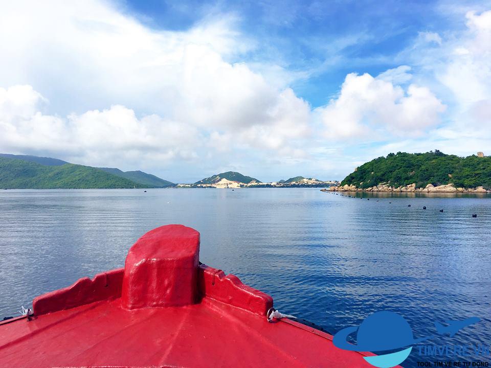 Đảo Hòn Ông - Tận Cùng Của Sự Bình Yên - Whale Island Resort
