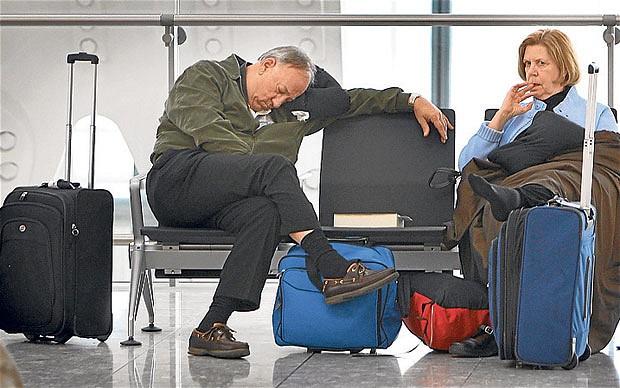 Nên làm gì khi chuyến bay bị hoãn?
