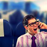 Những lý do nên tắt điện thoại khi đi máy bay?