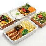 Bạn biết gì về những suất ăn trên máy bay được làm như thế nào?