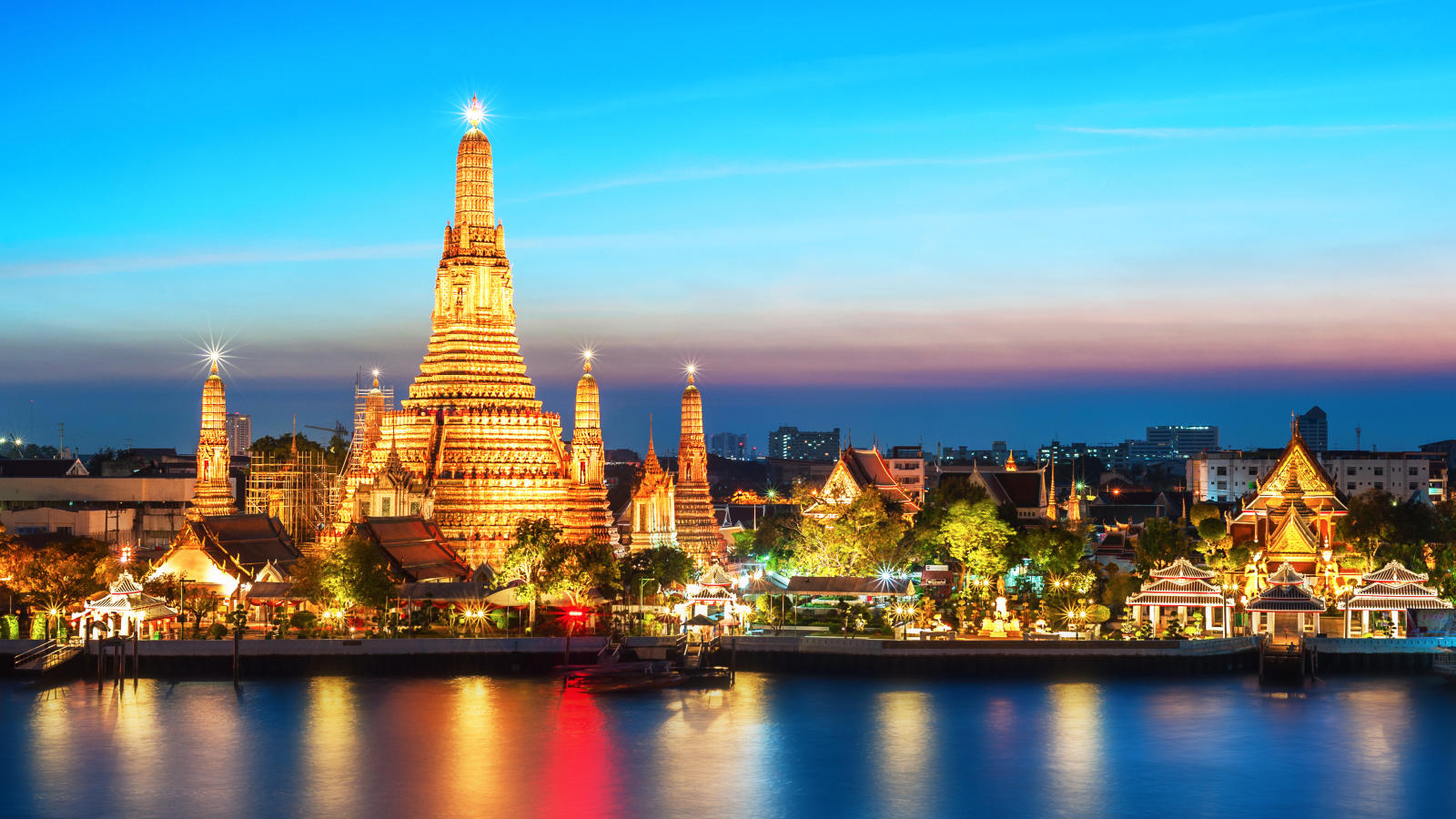 Chuyến đi Thái Lan tự túc 5 người Pattaya - Bangkok