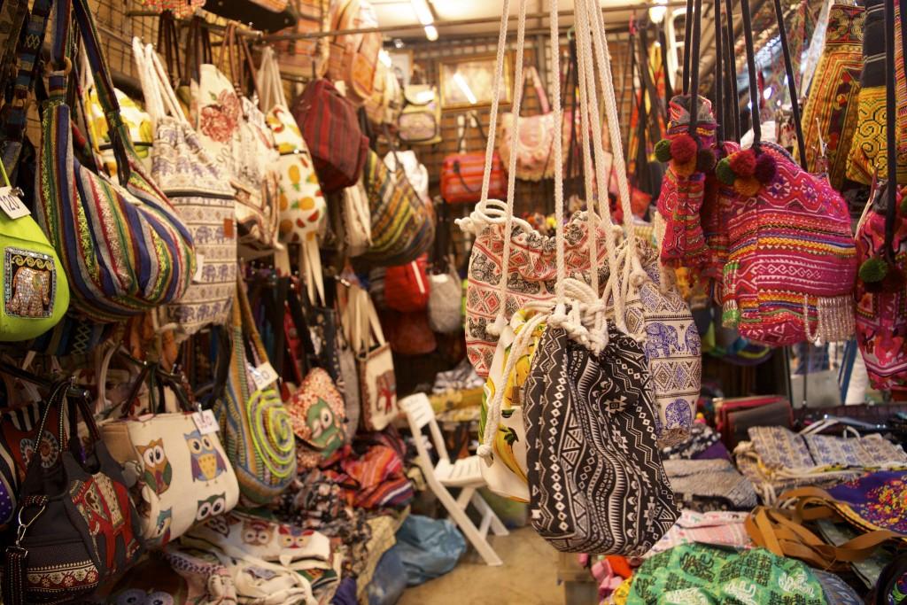 Du lịch Thái Lan mua gì? ở đâu?